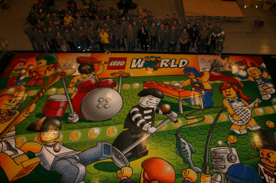 Worlds Largest LEGO Mosaic at LEGO World 2011